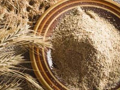 Alimentos à base de farinha de trigo integral ajudam a prevenir dores de cabeça
