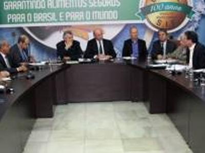 Governo e setor privado discutem medidas de apoio ao trigo