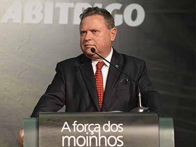Ministro da Agricultura participa de abertura do 24º Congresso Internacional da Indústria do Trigo